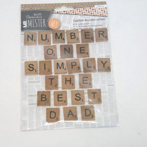 Scrabble letters hout